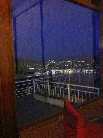 Mercure Monte Igueldo: vue de nuit