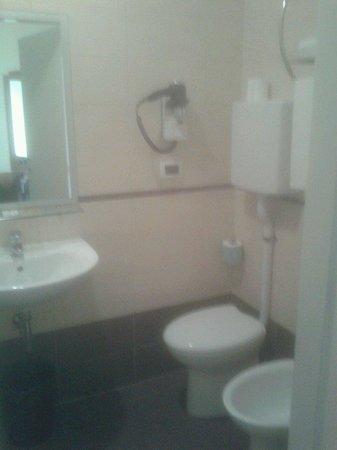 Fiera Hotel : Bagno camera 330