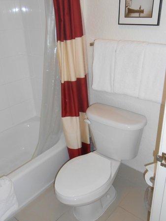 Residence Inn Fort Lauderdale Plantation: Bathroom