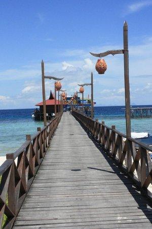 Scuba Junkie Mabul Beach Resort: entrance