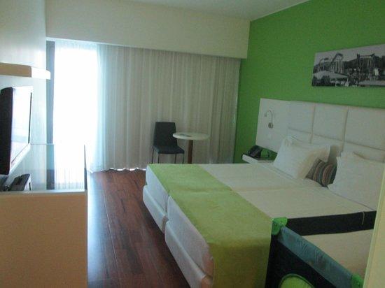 Aquashow Park Hotel: Quarto