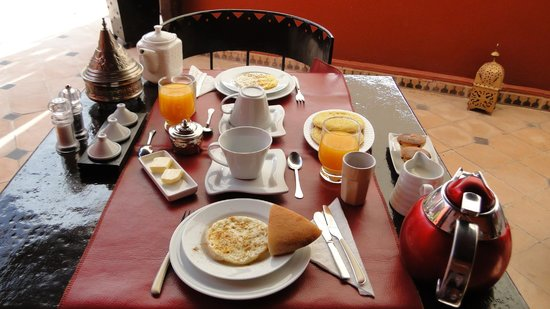 Riad Argan : breakfast at terrace