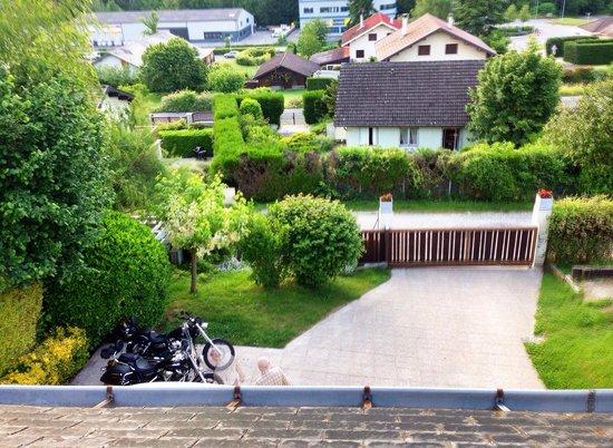 les Irisynes : Blick auf den Innenhof