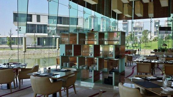 JW Marriott Hotel Hanoi: Our restaurant for breakfast and dinner