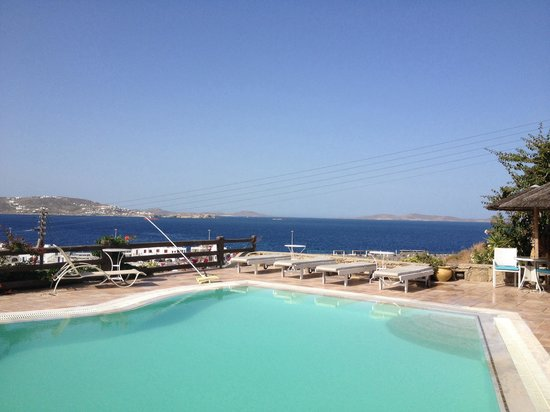 Hotel Paradision: Pool view