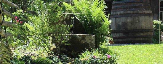 Gasthof Pension Moosbach: Am Brunnen vor dem Tore