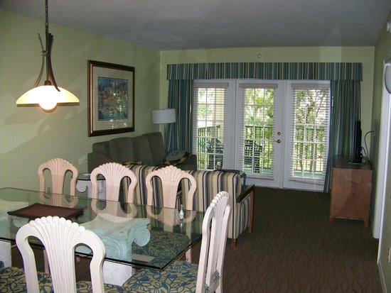 Star Island Resort and Club: suite dining and living room with balcony