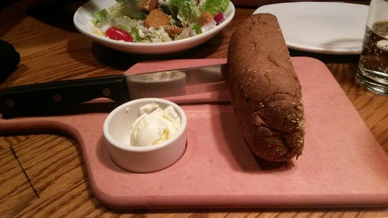 Outback Steakhouse : Bread