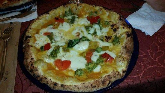 Pizzeria Starita a Materdei : Pizza del Papa