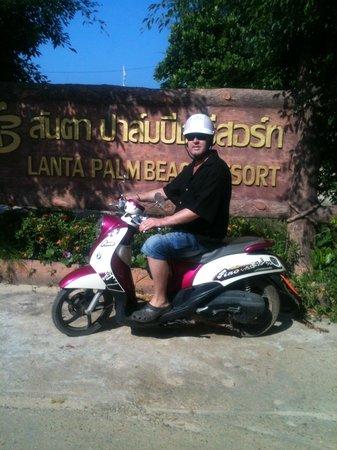 Lanta Palm Beach Resort: Trogen gäst på Lanta Palm Beach