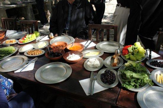 Kelebek Special Cave Hotel: Farm breakfast