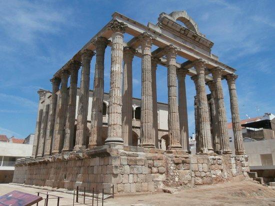 Teatro Romano de Mérida: Tempio di Diana