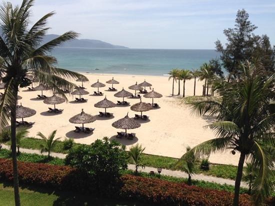 Furama Resort Danang : vue mer de la chambre