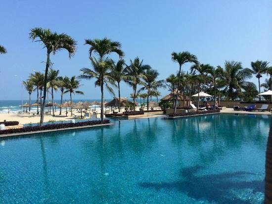 Furama Resort Danang: la piscine paysagere