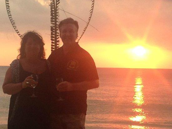 Lanta Palm Beach Resort: trogna gästens fru fyllde 60 :)