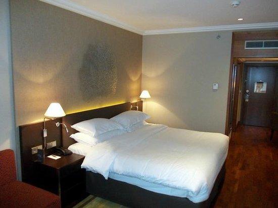 Sheraton Bratislava Hotel: Bed