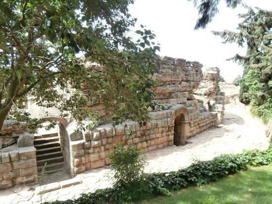 Roman Theater (Teatro Romano): esterno del teatro