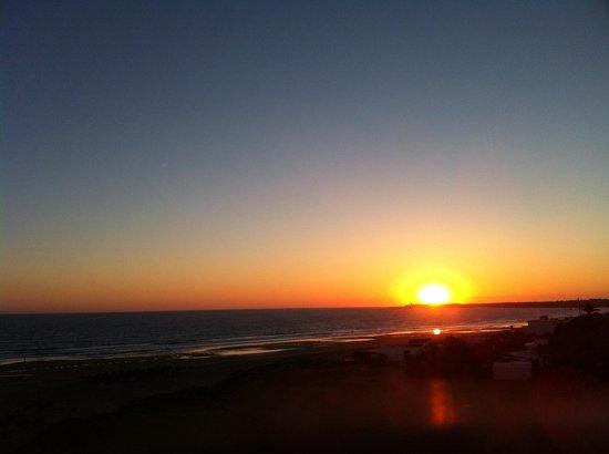 Hotel Conilsol: Maravillosa puesta de sol desde el hotel