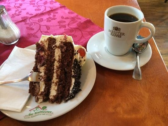 De Koffiestuv: Schwarzwälder Kirsch und Kaffee, hmmm