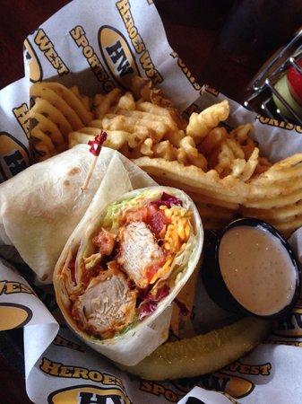 Heroes West Sports Grill: Buffalo Chicken Wrap