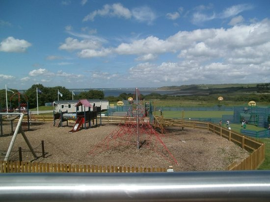 Thorness Bay Holiday Park - Park Resorts: playarea