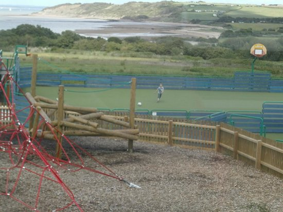 Thorness Bay Holiday Park - Park Resorts: bay view