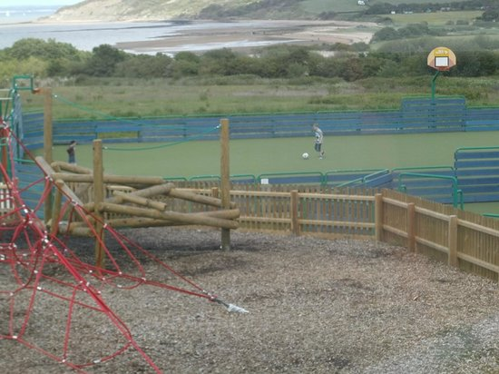 Thorness Bay Holiday Park - Park Resorts: football area at the park
