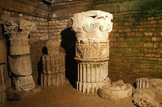 Cryptoportiques: Эти колонны помнят Юлия Цезаря
