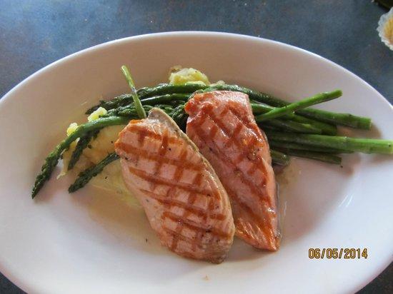 Ivar's Salmon House : Cedar Plank Salmon Duo