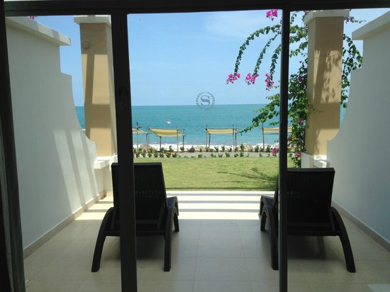 Sheraton Bijao Beach Resort: Beachside Suite