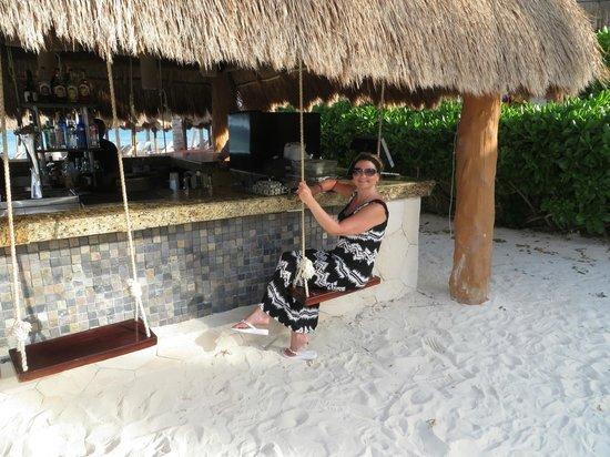 Villa del Palmar Cancun Beach Resort & Spa: The swing bar