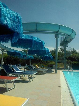 Boboba Il Villaggio: scivolo piscina