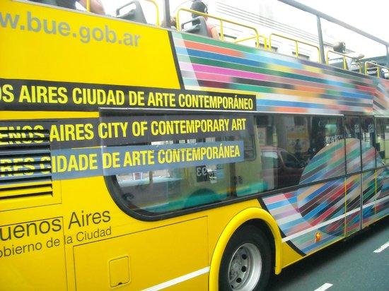 Buenos Aires Bus: Vista lateral del Bus.