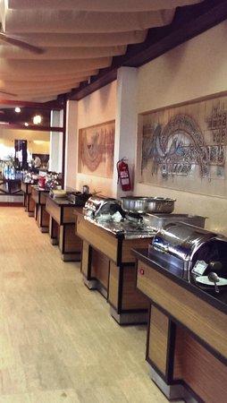 Simena Sun Club : Hauptspeisen werden frisch zubereitet