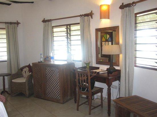 Ras Nungwi Beach Hotel: Suite