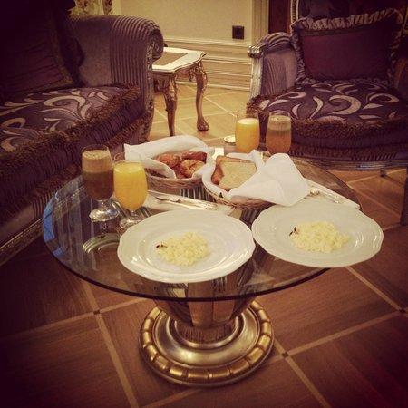 Trezzini Palace Hotel: Завтрак