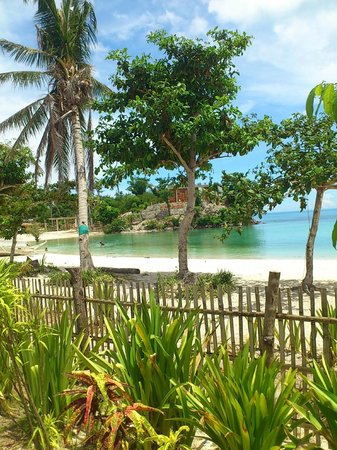 White Sand Bungalows: Wonderful quiet beach
