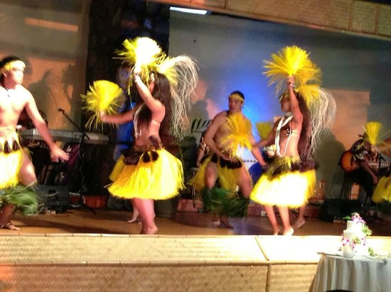 Royal Kona Resort : Private Luau --AMAING
