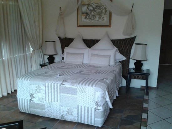 Elephant Coast Guest House: (slaap)kamer