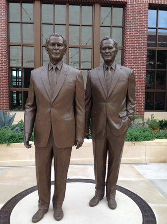 The George W. Bush Presidential Library and Museum: George W Bush Library
