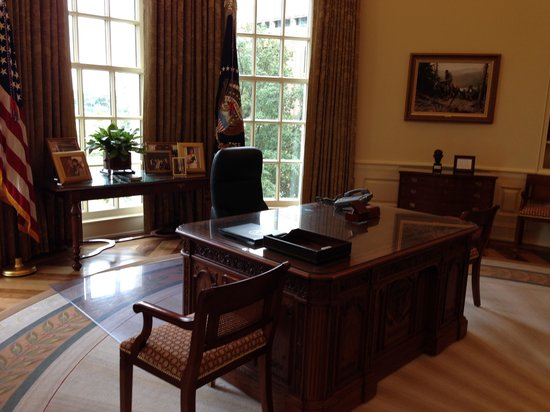 The George W. Bush Presidential Library and Museum: George W Bush Library - Office