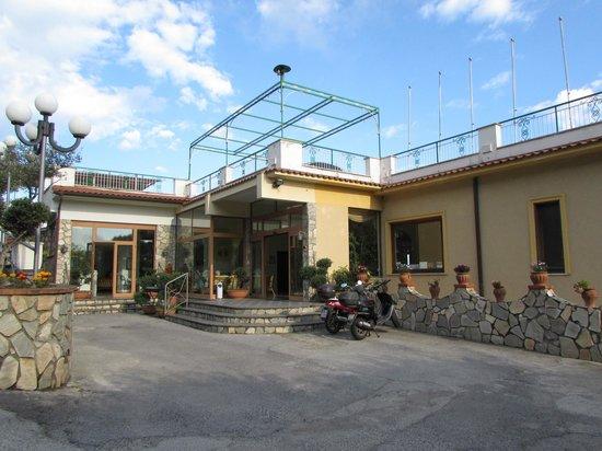 Il Nido Hotel Sorrento: Outside