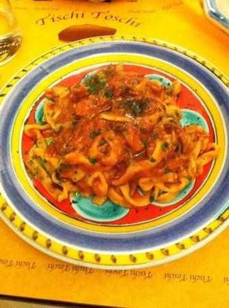 Tischi Toschi : pasta with tuna