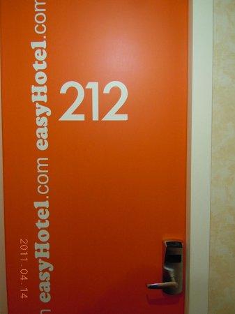 easyHotel London Earls Court: room 212