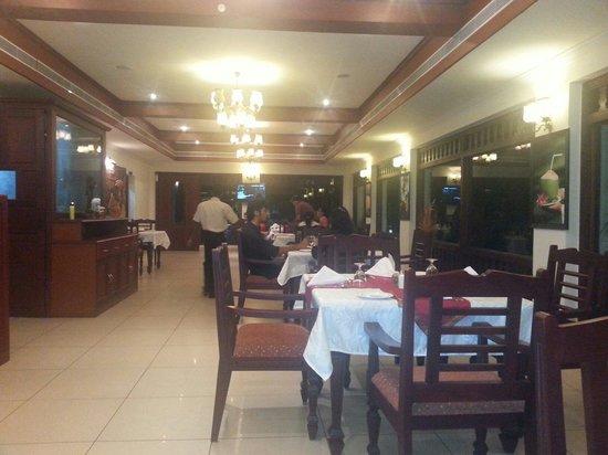 Fragrant Nature Backwater Resort & Ayurveda Spa: Restaurant