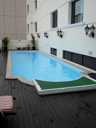 Saigon Prince Hotel: Hotel Pool