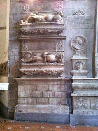 Chiesa di San Domenico Maggiore: San Domenico Maggiore, particolari interni
