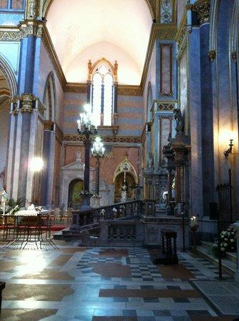Chiesa di San Domenico Maggiore: San Domenico Maggiore, interno