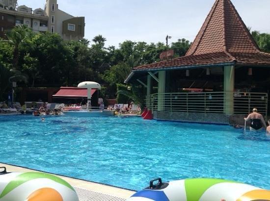 Cettia Apart Hotel: great pool