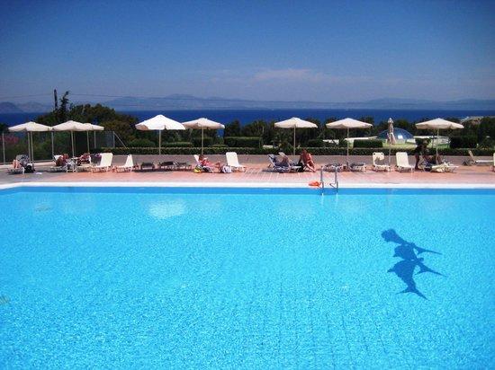 Kipriotis Panorama Hotel & Suites: Hauptpool